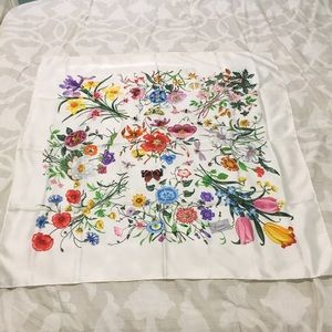 Gucci vintage Flora floral print silk scarf